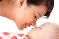 Lao động nữ đang nuôi con dưới 06 tháng tuổi có được cử đi công tác xa không?