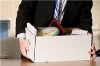 Bị chấm dứt hợp đồng trái pháp luật, người lao động được hưởng quyền lợi gì?
