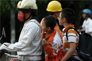 Bị phạt bao nhiêu tiền khi không đội mũ bảo hiểm?