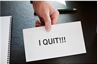 Người lao động xin nghỉ việc có phải bồi thường chi phí đào tạo cho công ty không?