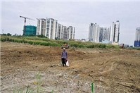 Khởi kiện khi UBND cấp huyện lấn đất làm đường