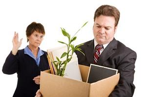 Bị công ty tự ý sa thải, người lao động phải làm sao?