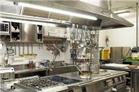 Cấp phép an toàn thực phẩm: Những lưu ý về cơ sở, trang thiết bị dụng cụ