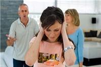 Hạn chế quyền của cha, mẹ đối với con chưa thành niên
